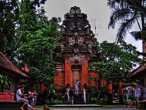 Pura Saren Angung - Ubud Palace