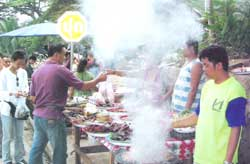 moning_lao ตลาดม้ง